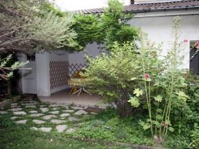Terrasse sous auvent